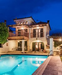Luxurious Villa Nefeli